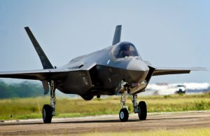F-35 Retard Computer-Powered Logistics Program Needs Updates