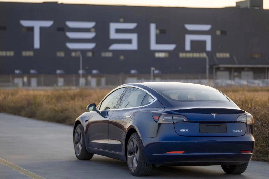 Musk Reduces Price for Fully China-made Tesla Model 3 Sedans Before Public Delivery