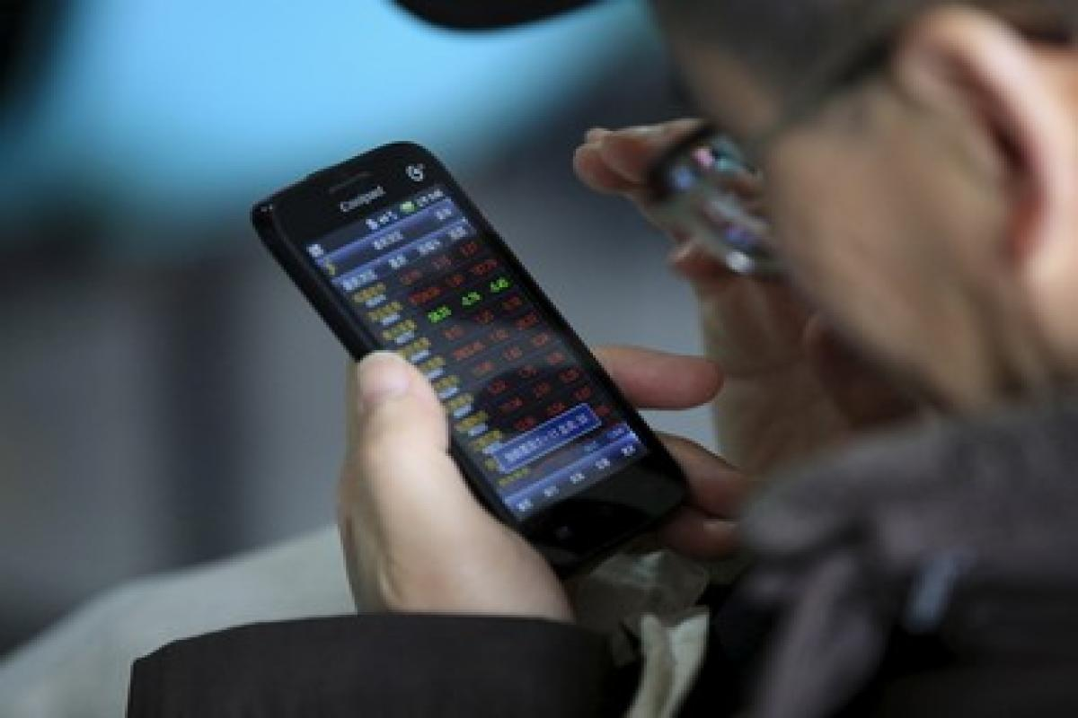 Telco Shares Plunge Surprisingly Despite Booming Internet Sector